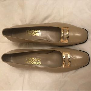 Vintage Ferragamo shoes (block heel)